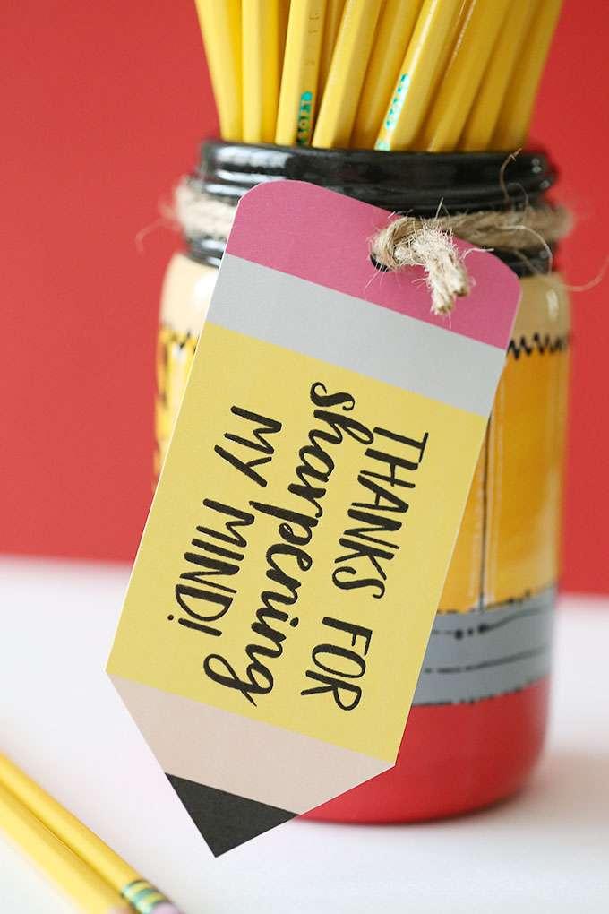 pencil mason jar teacher gift idea
